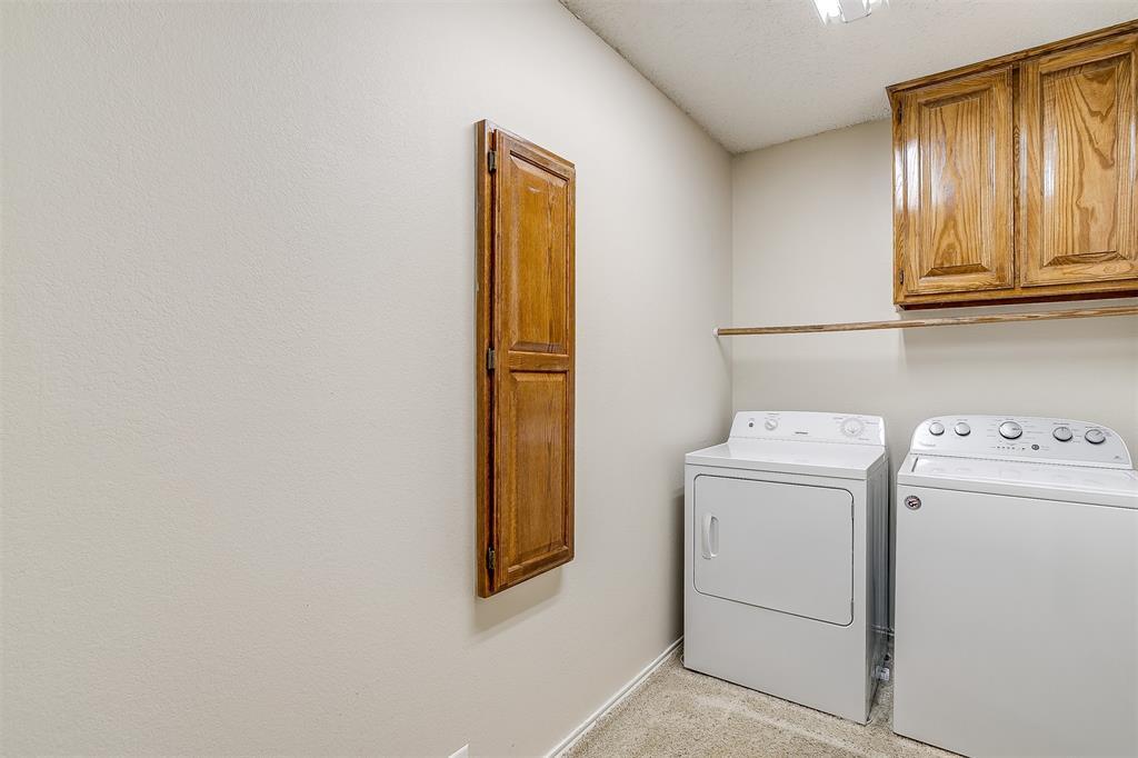 831 Irene  Street, Burleson, Texas 76028 - acquisto real estate mvp award real estate logan lawrence