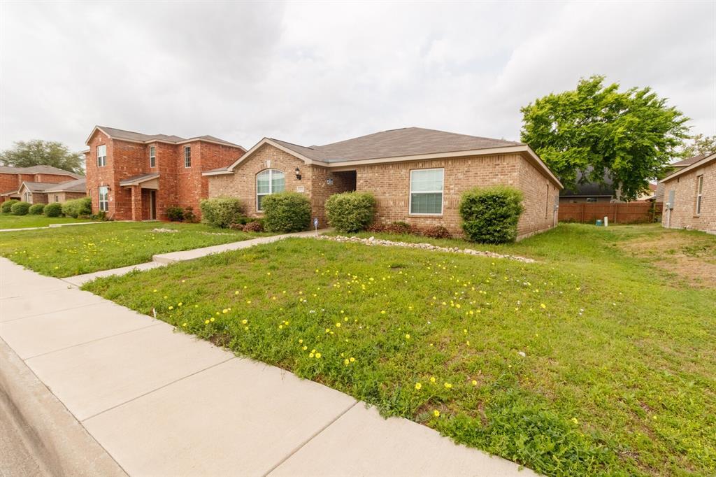 1031 Stanwyck  Avenue, Duncanville, Texas 75137 - Acquisto Real Estate best mckinney realtor hannah ewing stonebridge ranch expert