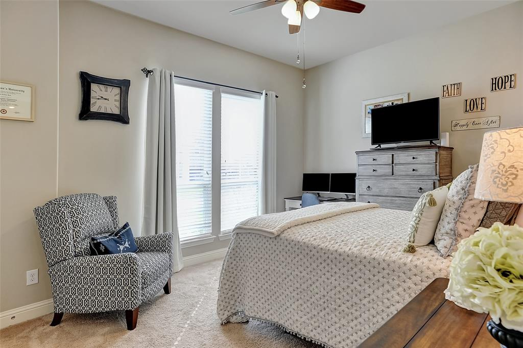 1813 Turtle Creek  Lane, Gunter, Texas 75058 - acquisto real estate best realtor foreclosure real estate mike shepeherd walnut grove realtor