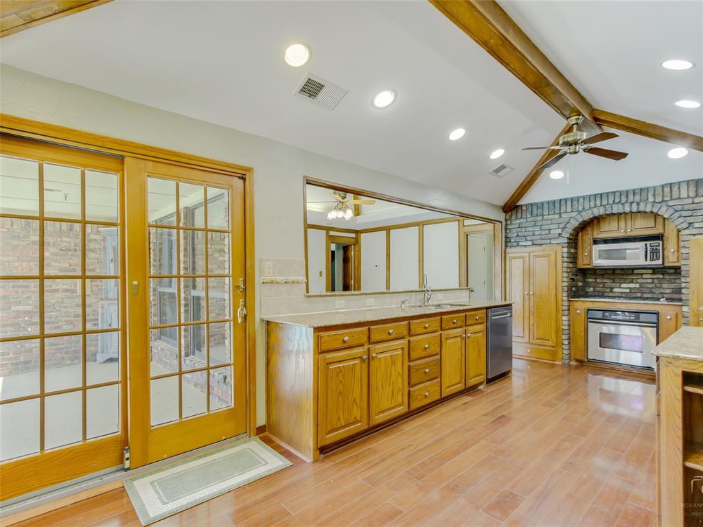 2304 La Vida  Place, Plano, Texas 75023 - acquisto real estate best investor home specialist mike shepherd relocation expert