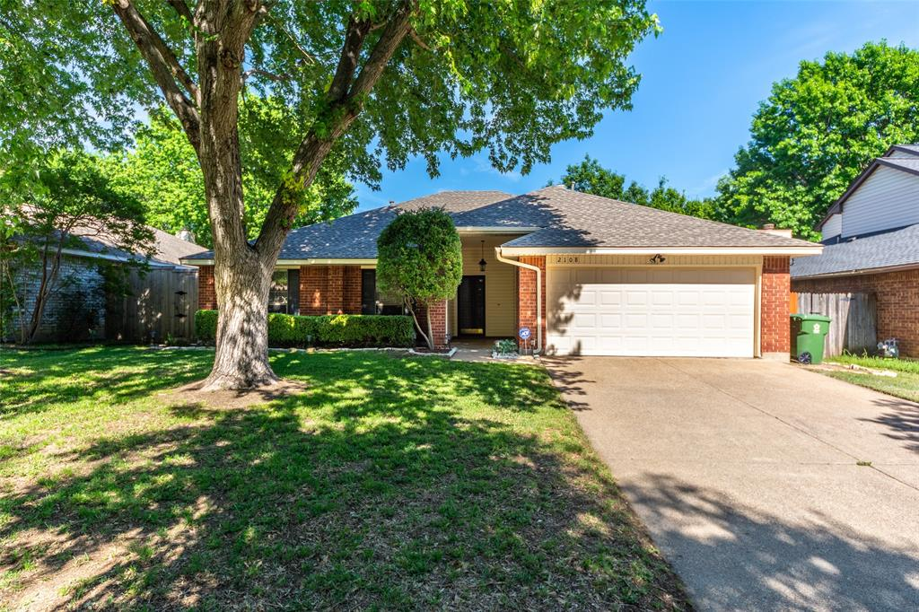 2108 Bershire  Drive, Flower Mound, Texas 75028 - Acquisto Real Estate best plano realtor mike Shepherd home owners association expert