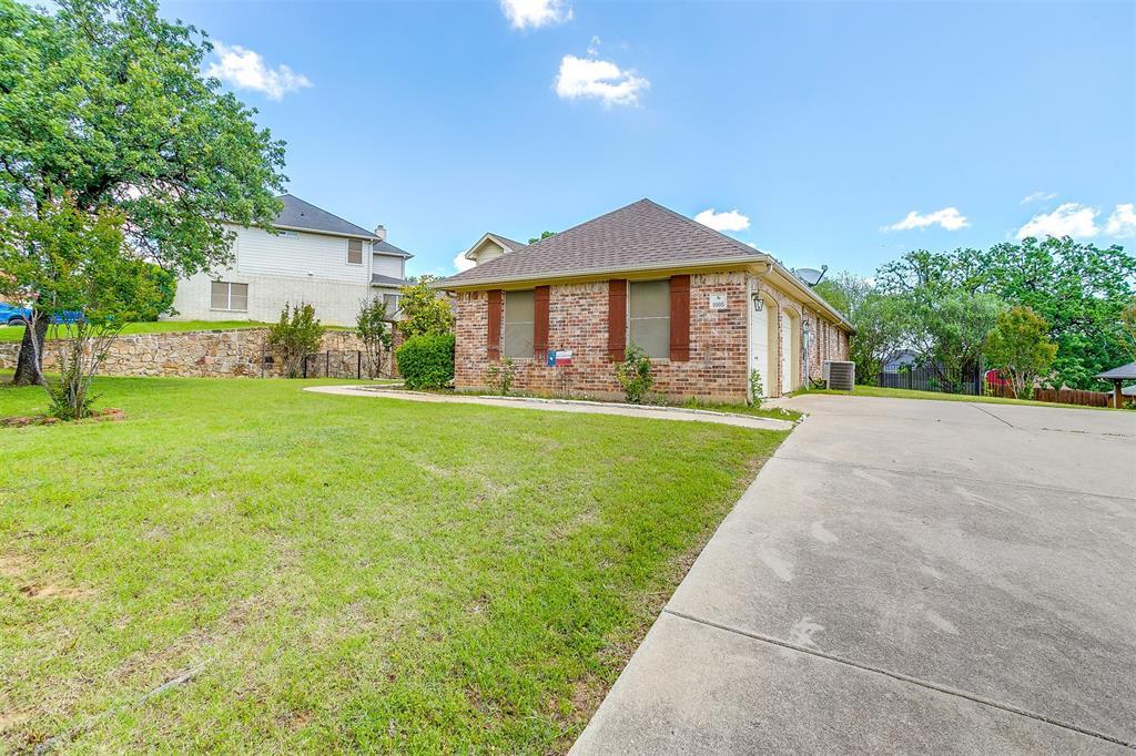 1005 Red Cedar  Way, Burleson, Texas 76028 - acquisto real estate best prosper realtor susan cancemi windfarms realtor