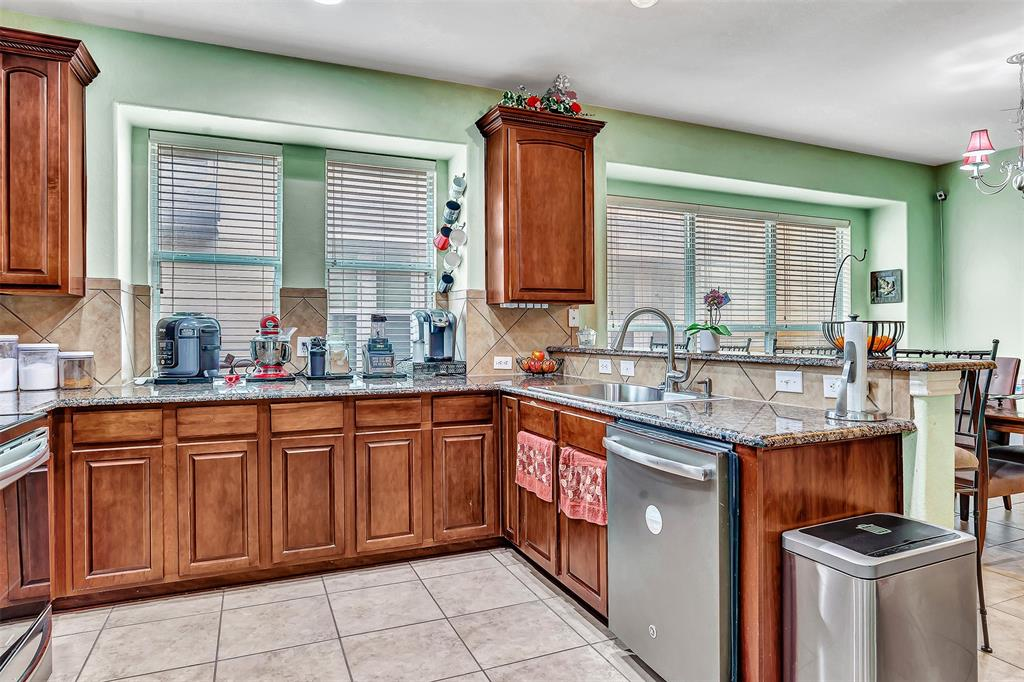 1217 Chattahoochee  Drive, Savannah, Texas 76227 - acquisto real estate best real estate company in frisco texas real estate showings