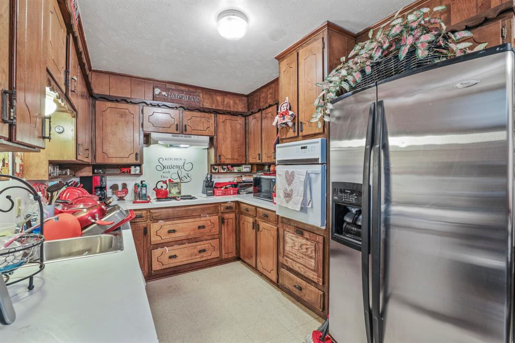 2716 Townbluff  Drive, Plano, Texas 75075 - acquisto real estaet best boutique real estate firm in texas for high net worth sellers
