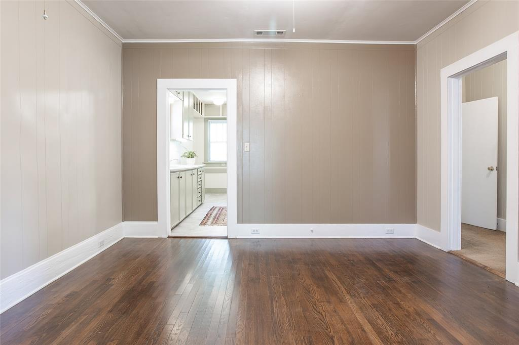 1012 Orange  Street, Fort Worth, Texas 76110 - acquisto real estate best real estate company to work for