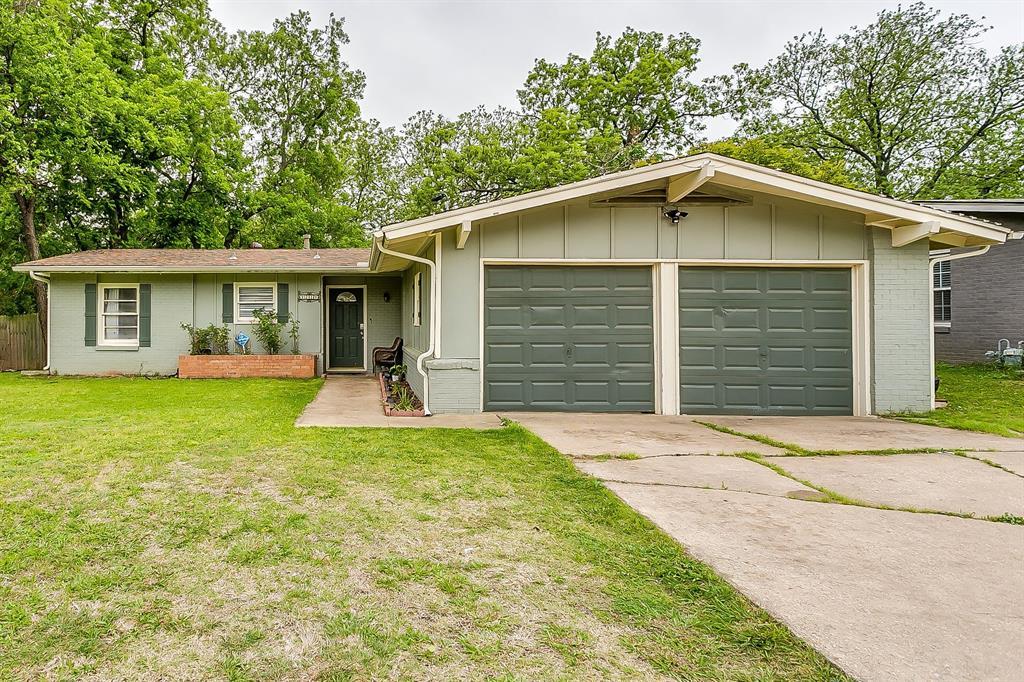 2214 Ridgeway  Street, Arlington, Texas 76010 - Acquisto Real Estate best plano realtor mike Shepherd home owners association expert