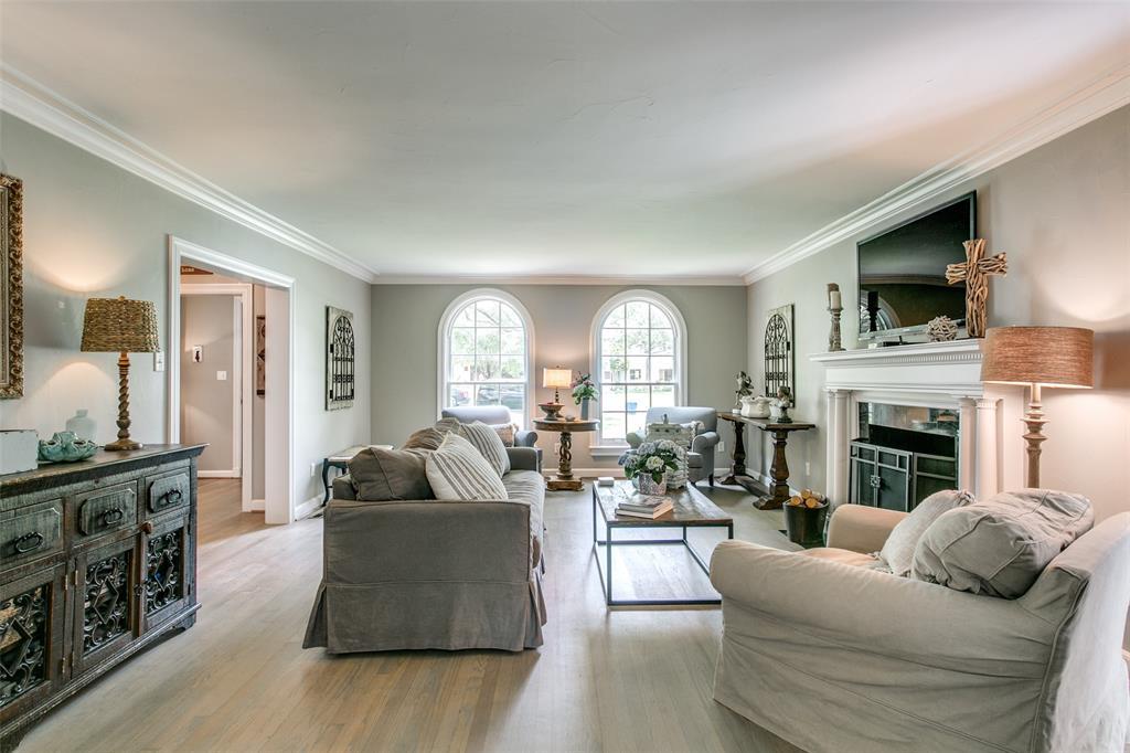 6738 Avalon  Avenue, Dallas, Texas 75214 - acquisto real estate best celina realtor logan lawrence best dressed realtor