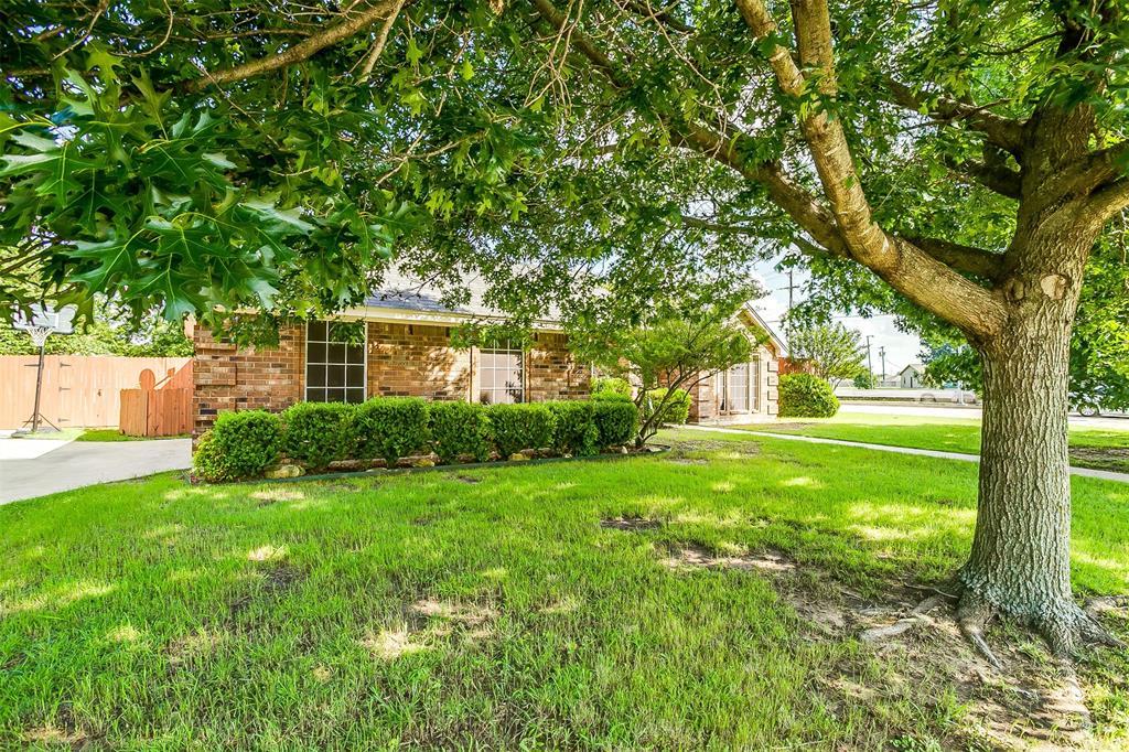 831 Irene  Street, Burleson, Texas 76028 - acquisto real estate best the colony realtor linda miller the bridges real estate