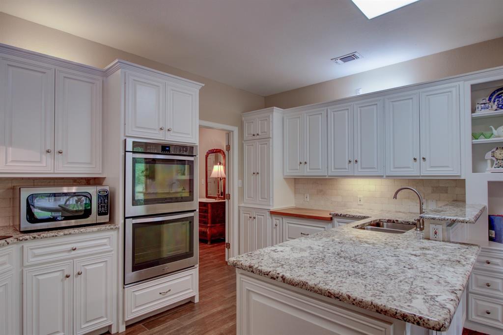 115 Kiowa  Drive, Lake Kiowa, Texas 76240 - acquisto real estate best luxury buyers agent in texas shana acquisto inheritance realtor