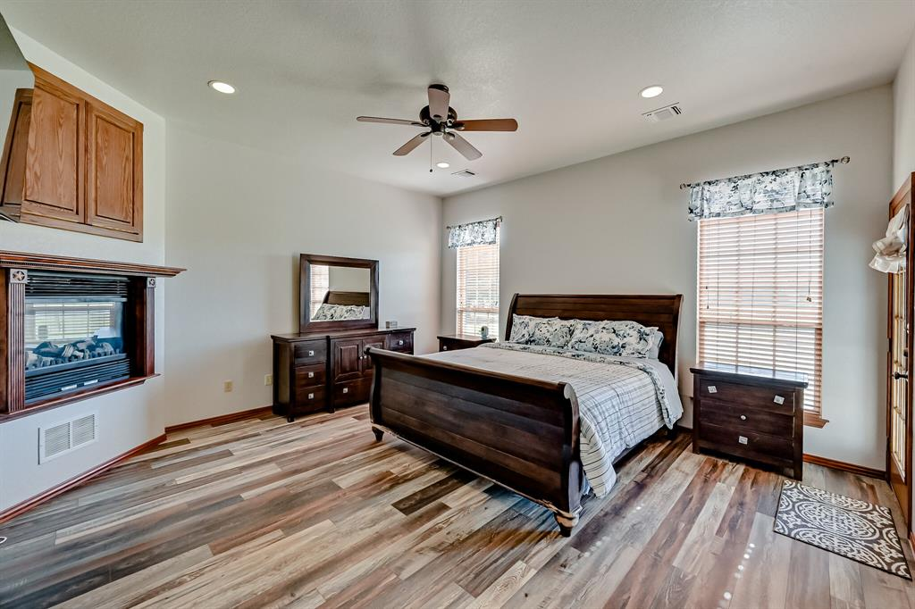 7431 Drury Cross  Road, Burleson, Texas 76028 - acquisto real estate best listing listing agent in texas shana acquisto rich person realtor