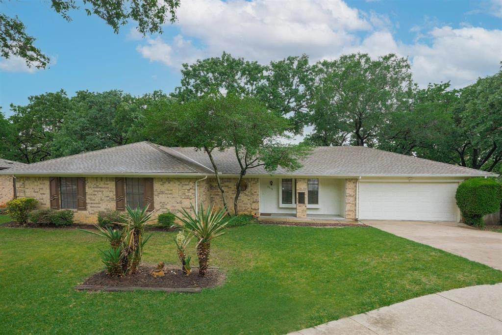 2919 Spring Oaks  Court, Bedford, Texas 76021 - Acquisto Real Estate best plano realtor mike Shepherd home owners association expert