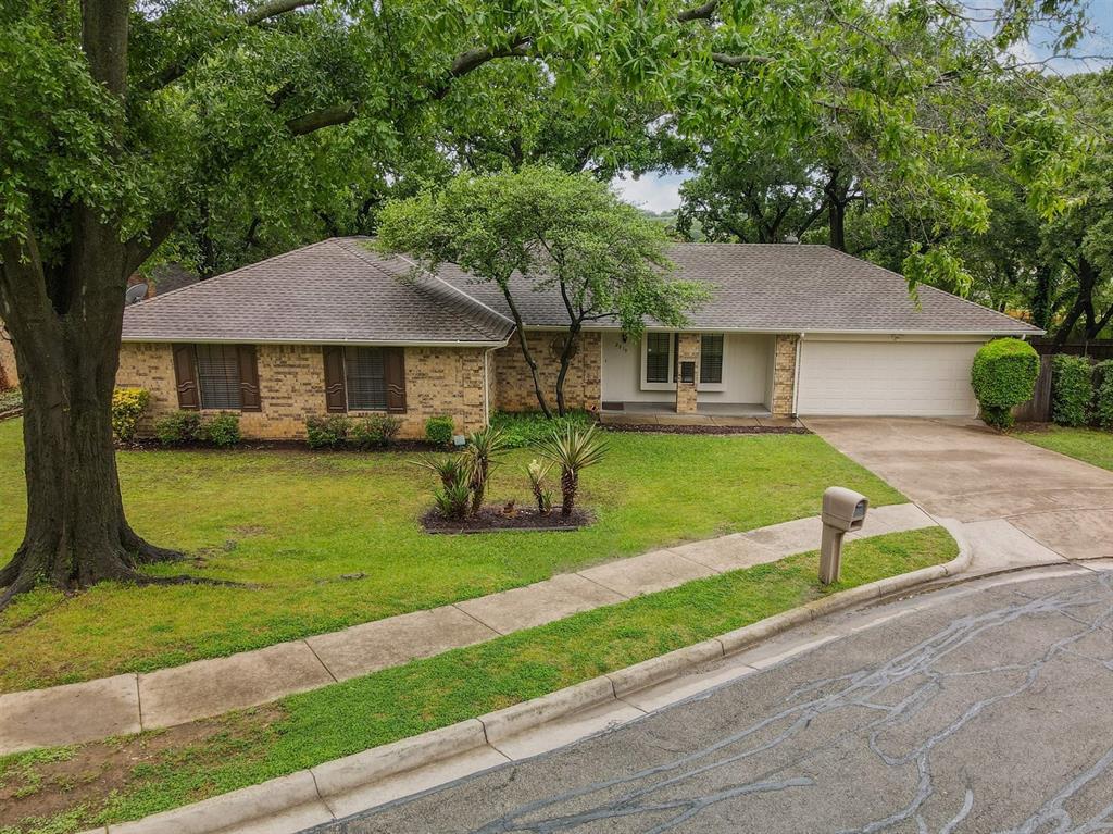 2919 Spring Oaks  Court, Bedford, Texas 76021 - acquisto real estate best allen realtor kim miller hunters creek expert