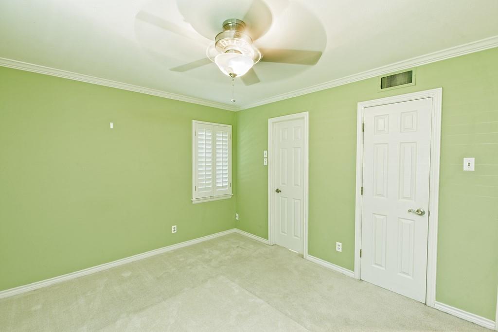 8635 Shagrock  Lane, Dallas, Texas 75238 - acquisto real estate best realtor westlake susan cancemi kind realtor of the year