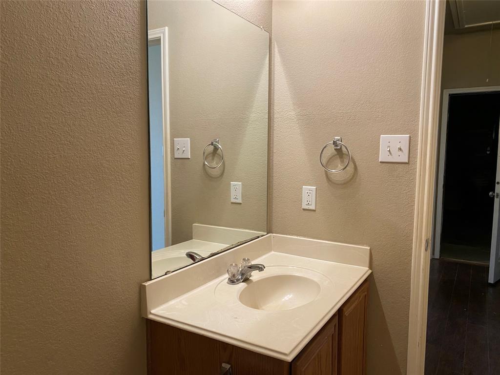 2033 Hanakoa Falls  Drive, Anna, Texas 75409 - acquisto real estate best flower mound realtor jody daley lake highalands agent of the year