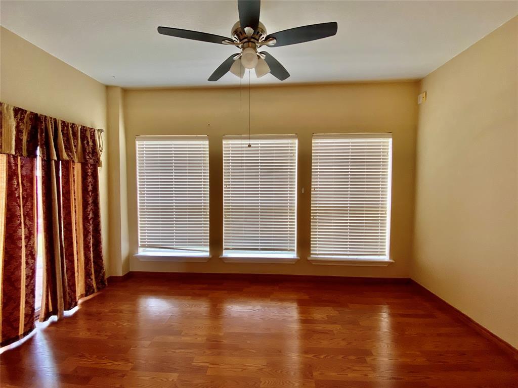 1139 Holly  Drive, Carrollton, Texas 75010 - acquisto real estate best celina realtor logan lawrence best dressed realtor
