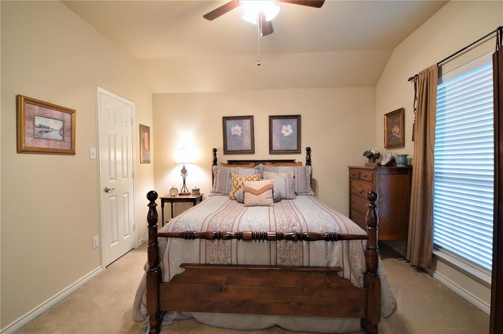 917 Appalachian  Lane, Savannah, Texas 76227 - acquisto real estate best photos for luxury listings amy gasperini quick sale real estate
