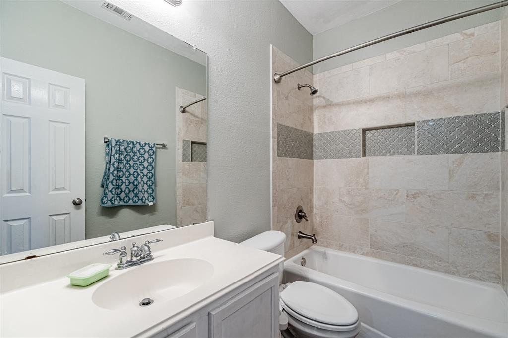 12145 Durango Root  Drive, Fort Worth, Texas 76244 - acquisto real estate best park cities realtor kim miller best staging agent