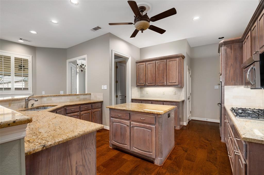 103 Turnberry  Circle, McKinney, Texas 75072 - acquisto real estate best real estate company to work for