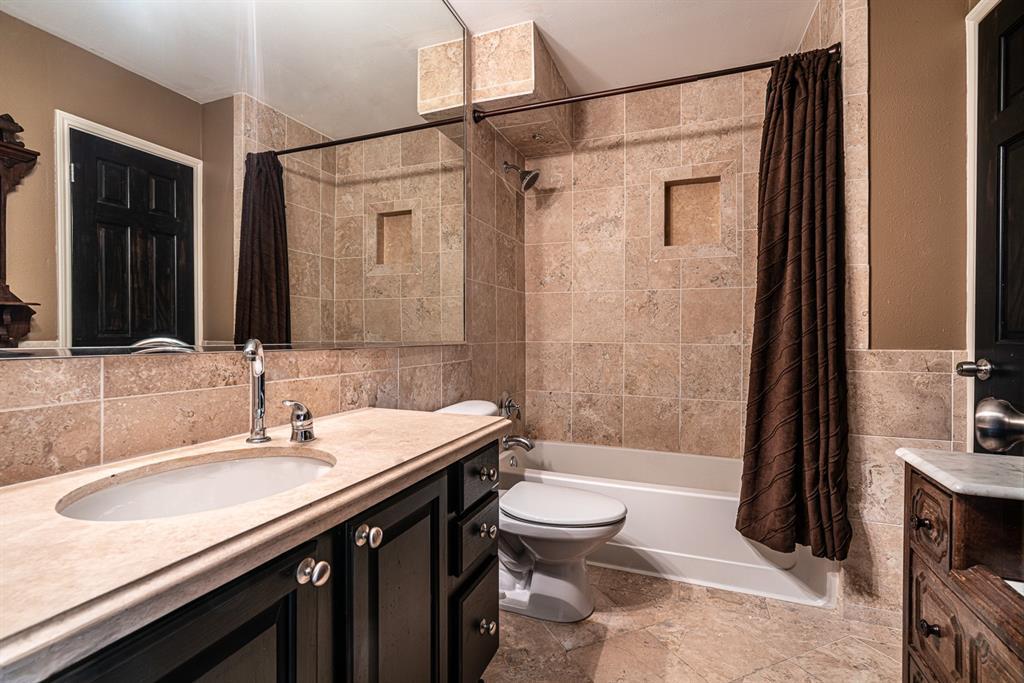 10209 Regal Oaks  Drive, Dallas, Texas 75230 - acquisto real estate best style realtor kim miller best real estate reviews dfw