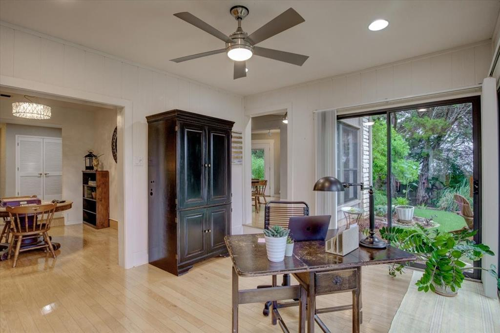 4315 Fairway  Drive, Granbury, Texas 76049 - acquisto real estate best real estate company to work for