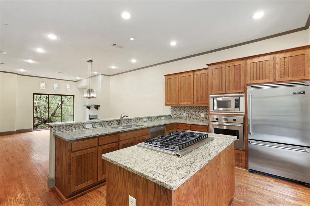 4406 Bowser  Avenue, Dallas, Texas 75219 - acquisto real estate best highland park realtor amy gasperini fast real estate service