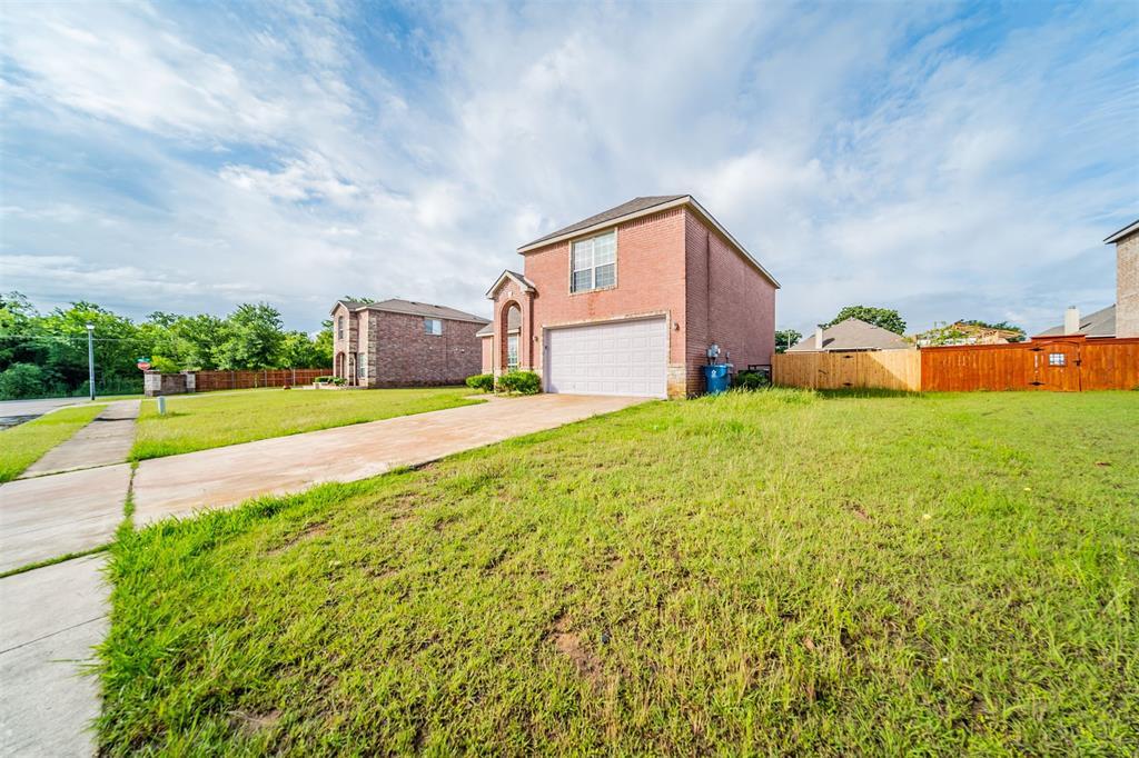 2703 Maci  Court, Seagoville, Texas 75159 - acquisto real estate best designer and realtor hannah ewing kind realtor