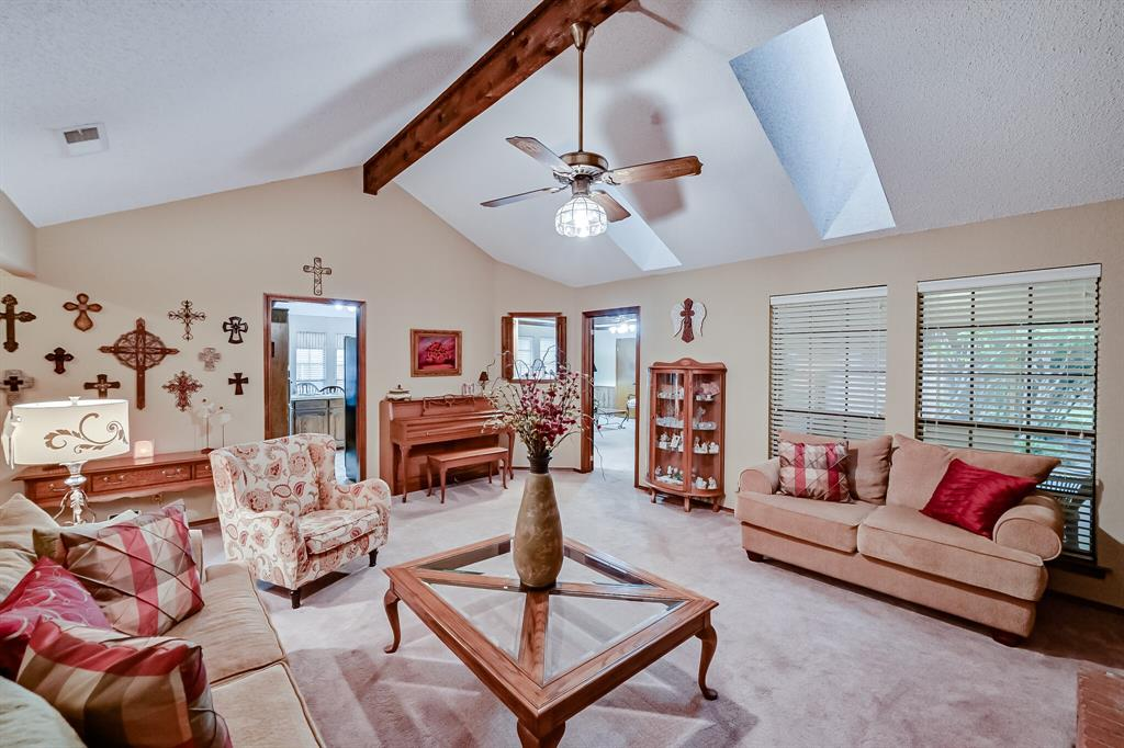 1209 Clubhouse  Drive, Mansfield, Texas 76063 - acquisto real estate best real estate company in frisco texas real estate showings
