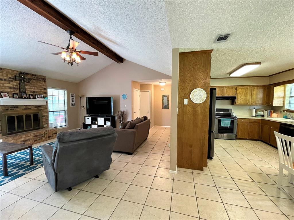 563 Ferndale  Lane, Fairfield, Texas 75840 - acquisto real estate best celina realtor logan lawrence best dressed realtor