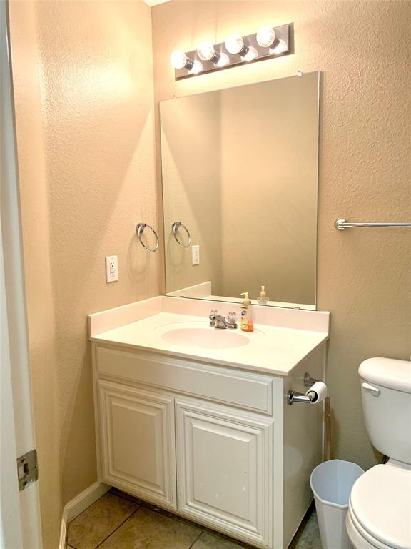 12133 Rolling Ridge  Drive, Fort Worth, Texas 76028 - acquisto real estate best negotiating realtor linda miller declutter realtor