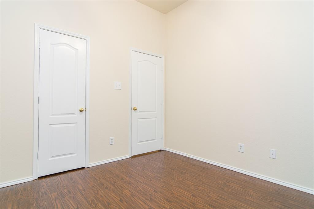 2700 Canyon Bay  McKinney, Texas 75072 - acquisto real estate best new home sales realtor linda miller executor real estate