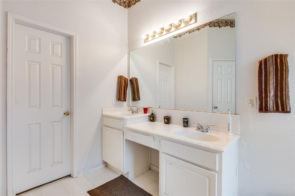 2309 Great Bear  Lane, Denton, Texas 76210 - acquisto real estate best style realtor kim miller best real estate reviews dfw