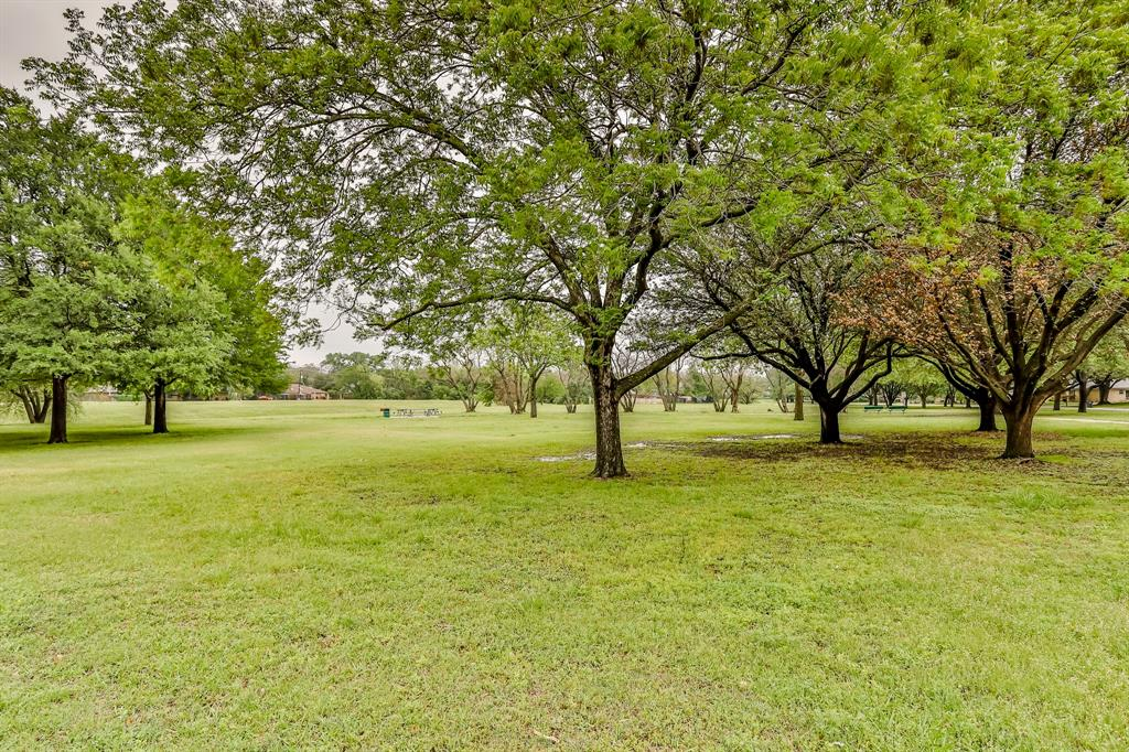 6801 Kingswood  Drive, Fort Worth, Texas 76133 - acquisto real estate best photo company frisco 3d listings