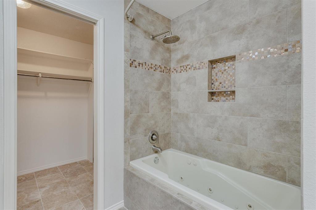 2313 Parkhaven  Drive, Plano, Texas 75075 - acquisto real estate best realtor foreclosure real estate mike shepeherd walnut grove realtor