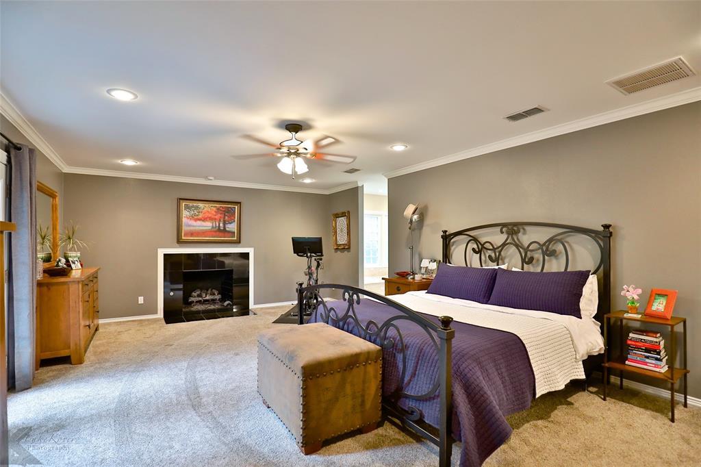 801 Rivercrest  Drive, Abilene, Texas 79605 - acquisto real estate best photos for luxury listings amy gasperini quick sale real estate