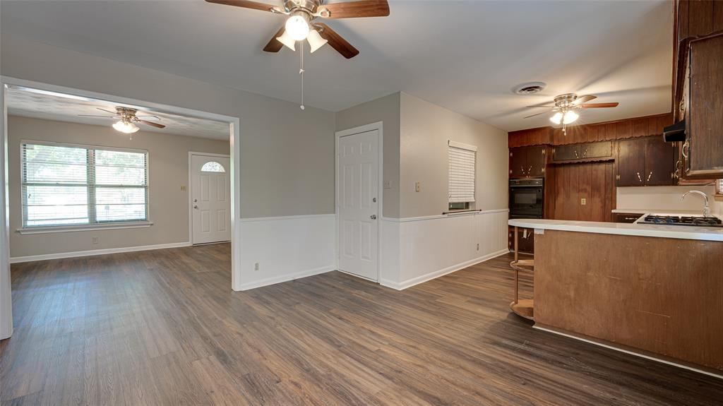 1508 Nichols  Street, Ennis, Texas 75119 - acquisto real estate best flower mound realtor jody daley lake highalands agent of the year