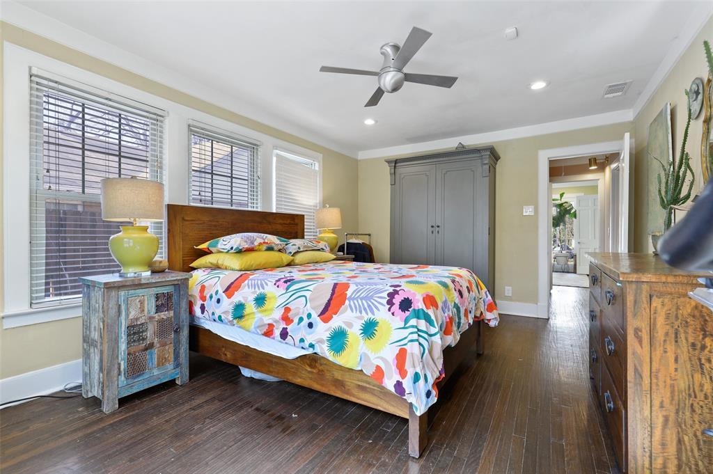 1510 Hampton  Road, Dallas, Texas 75208 - acquisto real estate best real estate company to work for