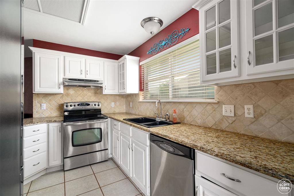 2713 Hunters Run  Brownwood, Texas 76801 - acquisto real estate best celina realtor logan lawrence best dressed realtor