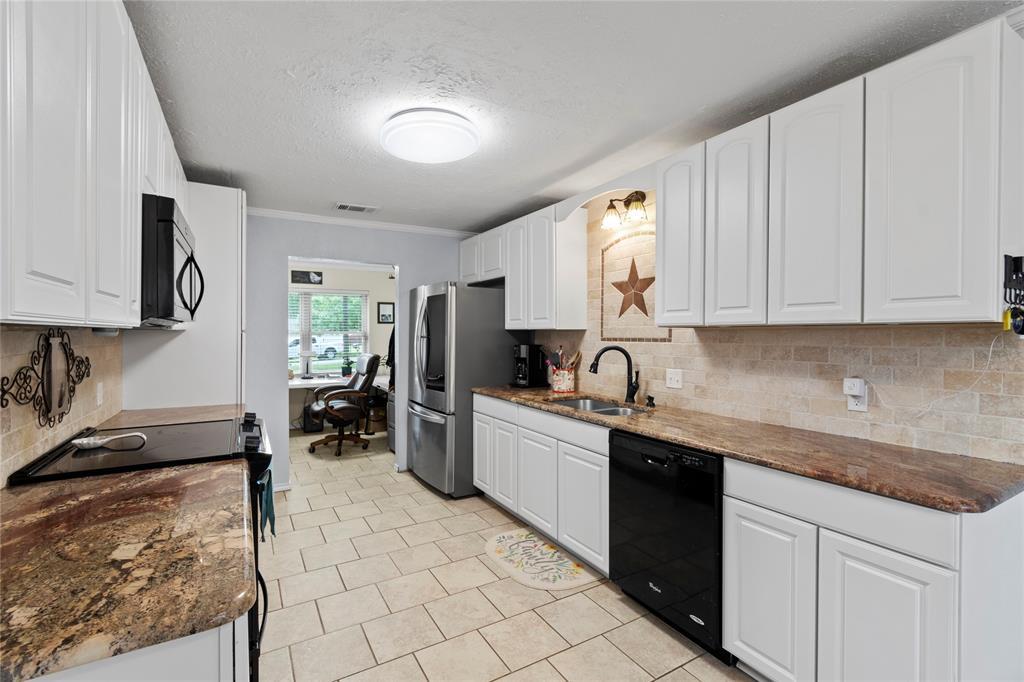 104 Lilac  Lane, Gun Barrel City, Texas 75156 - acquisto real estate best real estate company in frisco texas real estate showings