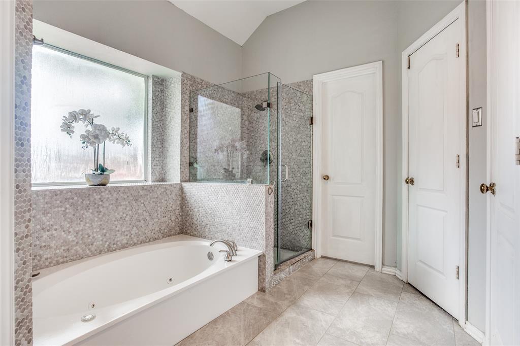 1704 Endicott  Drive, Plano, Texas 75025 - acquisto real estate best realtor dallas texas linda miller agent for cultural buyers