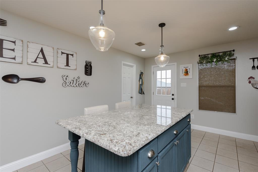 2921 Desert  Drive, Denton, Texas 76210 - acquisto real estaet best boutique real estate firm in texas for high net worth sellers