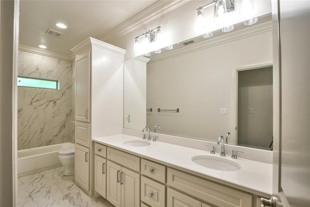 8021 Landings  Road, Granbury, Texas 76049 - acquisto real estate best looking realtor in america shana acquisto
