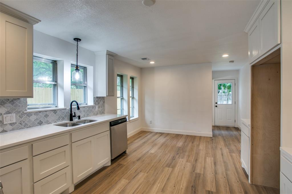8700 Eagleview  Court, Fort Worth, Texas 76179 - acquisto real estate best designer and realtor hannah ewing kind realtor