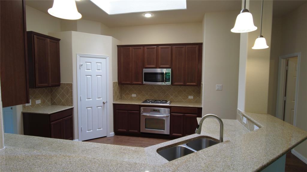 300 Dorset  Court, Roanoke, Texas 76262 - Acquisto Real Estate best mckinney realtor hannah ewing stonebridge ranch expert