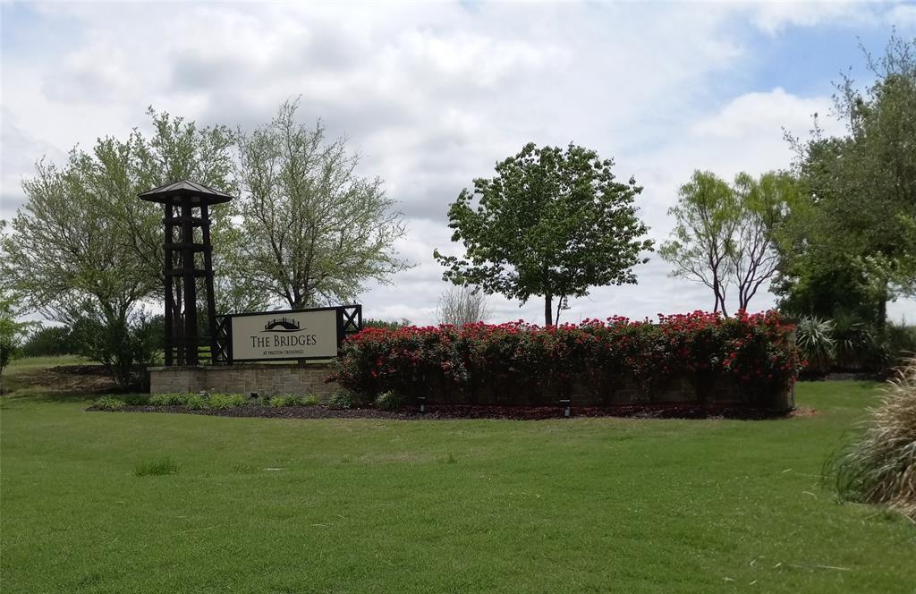 1701 Eagle Glen  Pass, Gunter, Texas 75058 - Acquisto Real Estate best plano realtor mike Shepherd home owners association expert