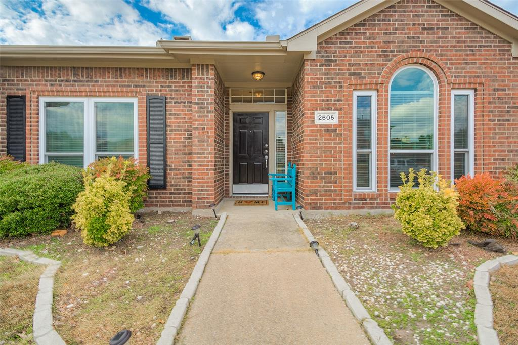 2605 Hackberry  Creek, Mesquite, Texas 75181 - Acquisto Real Estate best plano realtor mike Shepherd home owners association expert