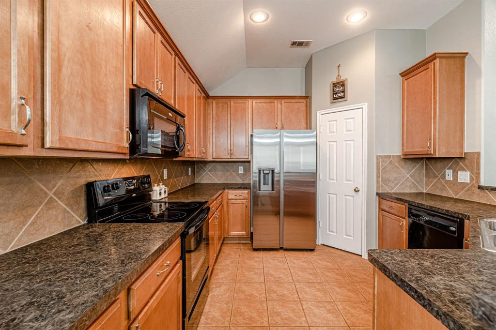 12145 Durango Root  Drive, Fort Worth, Texas 76244 - acquisto real estate best photos for luxury listings amy gasperini quick sale real estate