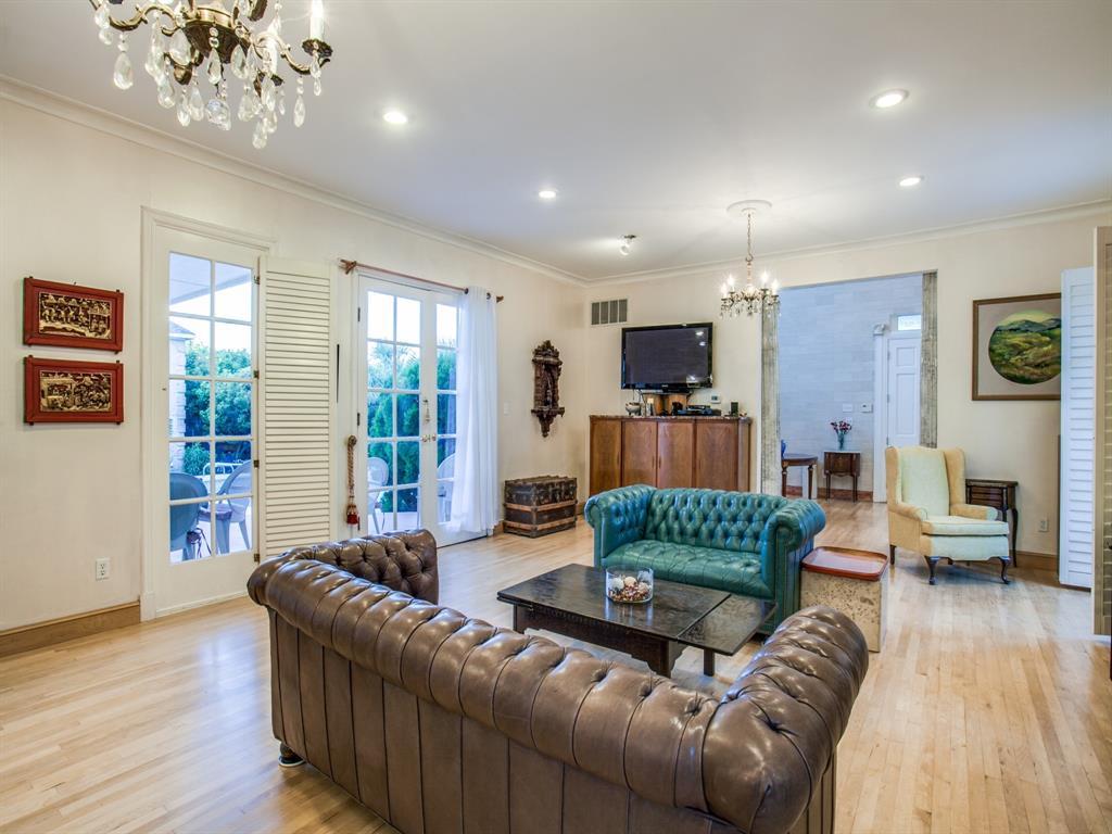 2309 Auburn  Avenue, Dallas, Texas 75214 - acquisto real estate best real estate company in frisco texas real estate showings