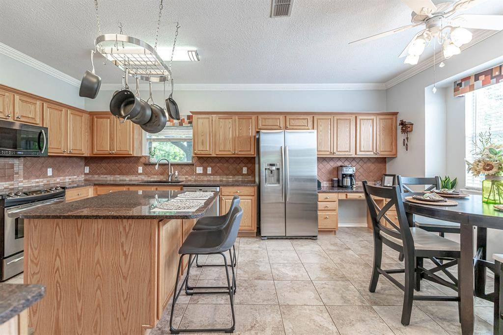 2802 Roam  Court, Granbury, Texas 76049 - acquisto real estate best luxury buyers agent in texas shana acquisto inheritance realtor