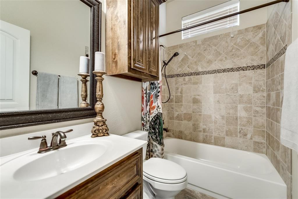 5637 Binbranch  Lane, McKinney, Texas 75071 - acquisto real estate best frisco real estate broker in texas for high net worth buyers