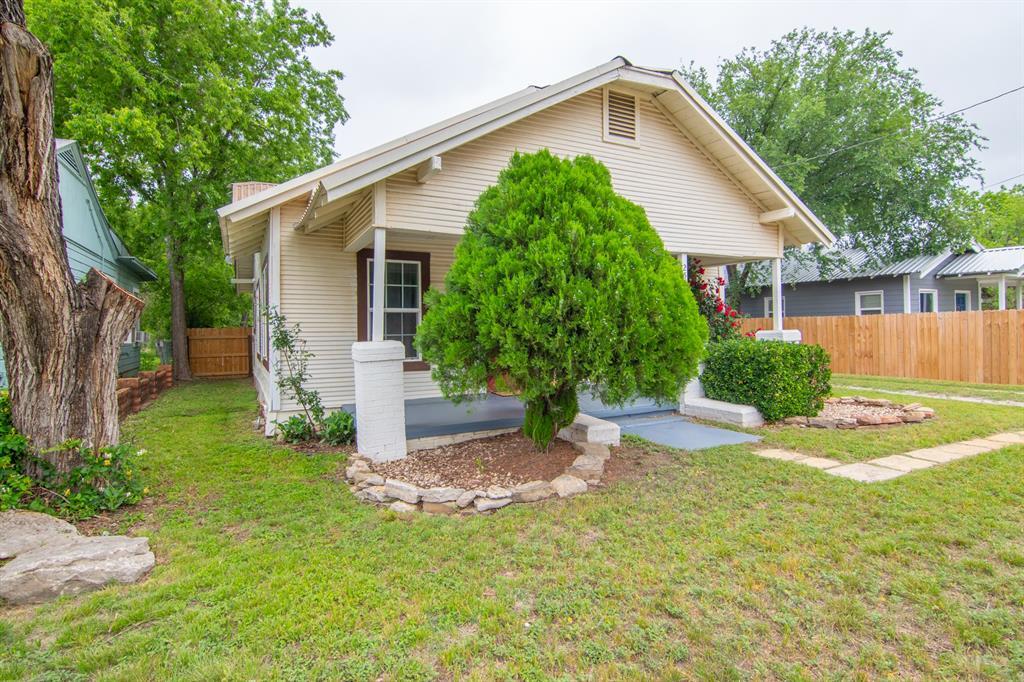 2512 Austin  Avenue, Brownwood, Texas 76801 - acquisto real estate best allen realtor kim miller hunters creek expert